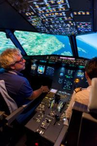 espace-reunion-simulateur-airbus-a320-8